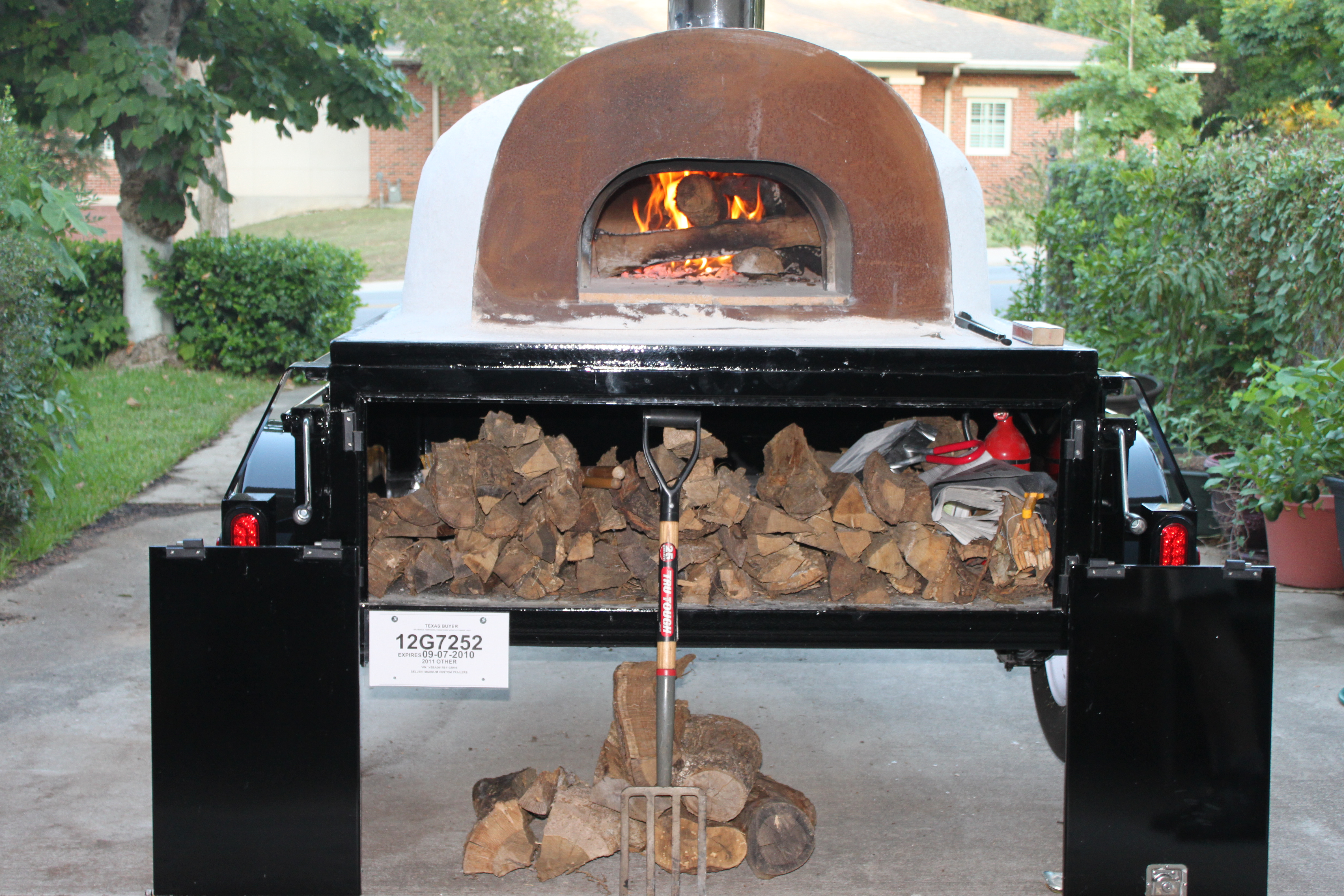 Portable wood fired pizza oven for sale - Bola Pizza Mobile